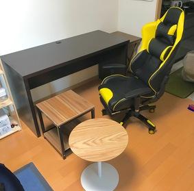 テーブル2つ、パソコン机、イスの4点の組立て